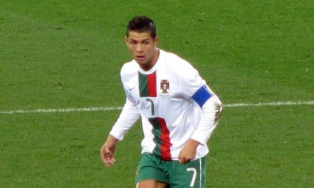 Cristiano Ronaldo is the First Footballer with Net Worth More Than $1 billion